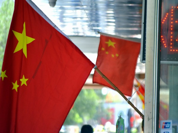 Govt fails to raise 'petro trade' issue with China during President Xi's visit