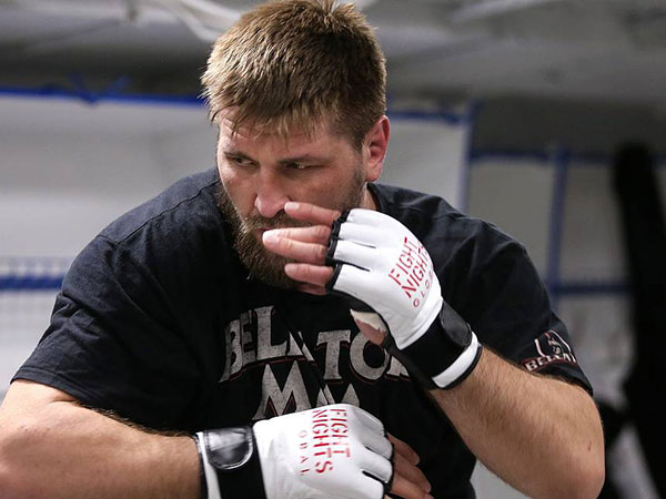 Russian MMA fighter Minakov's fight in US cancelled due to visa issues