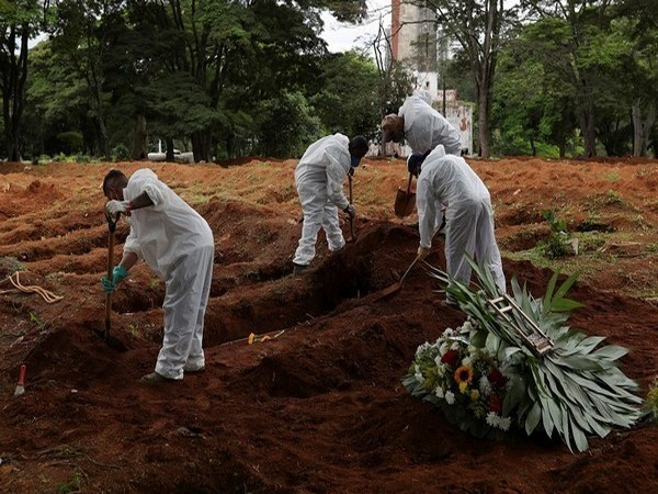 Brazil reports highest daily COVID-19 death toll since October