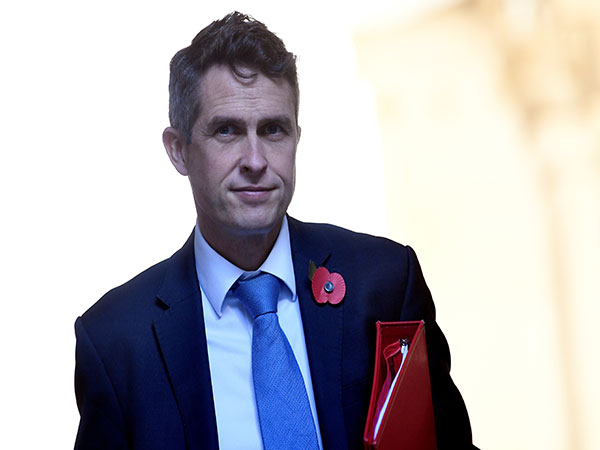 Gavin Williamson: UK better than France, US and Belgium, says minister on vaccine race win