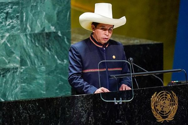 Peru's president announces resignation of PM