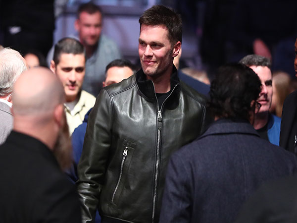 Tom Brady looking to enter historic club in first season with Buccaneers