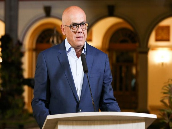 Venezuelan Government Says Talks With Opposition Halted Over Saab's Extradition to US