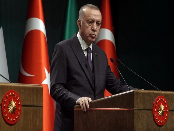 Erdogan Tells Biden That Turkey's Stance on S-400 Remains Unchanged