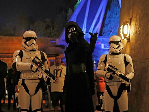 Guests claim Disneyland feels 'empty' after opening of Star Wars land: 'This place is a ghost town'
