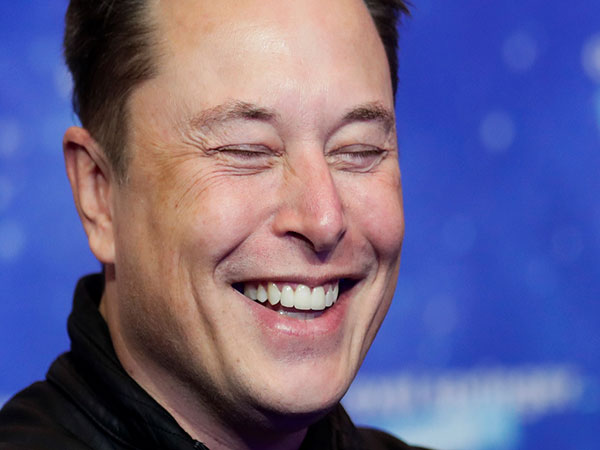 Elon Musk Reportedly Tells Associates He is Planning Permanent Move to Texas