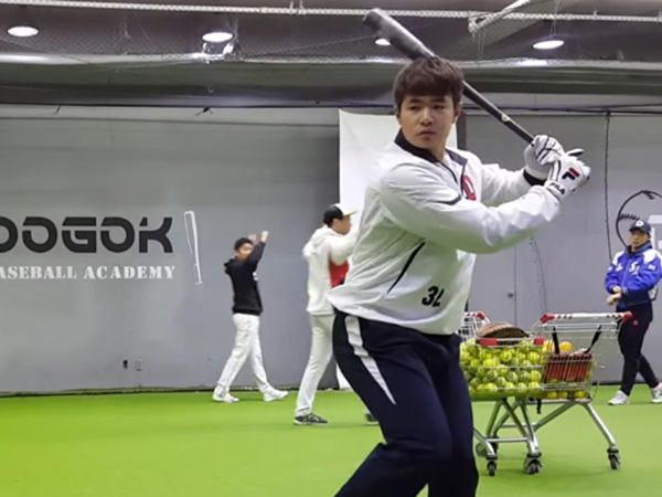 Market for posted slugger Kim Jae-hwan expected to pick up speed next week: source