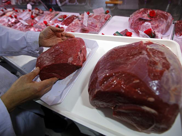Is red meat safe to eat or not? Food advice is confusing Americans