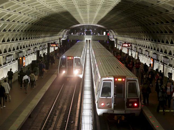 Girl, 15, charged with murder in stabbing on Washington DC Metro train