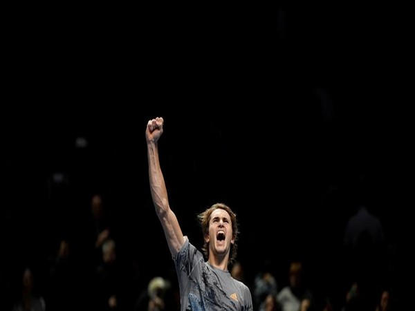 Defending champion Zverev reaches semis at ATP Finals