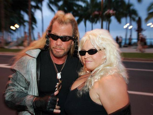 Beth Chapman 'choked on cancer' in final moments before losing consciousness, daughter says