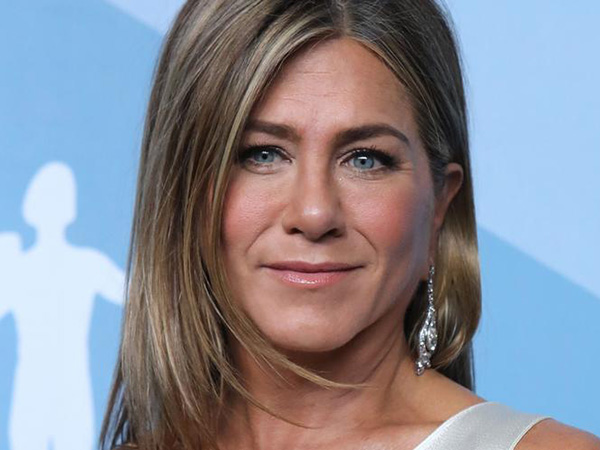 Jennifer Aniston sizzles in photo shoot on 51st birthday, talks early career and what makes her upset