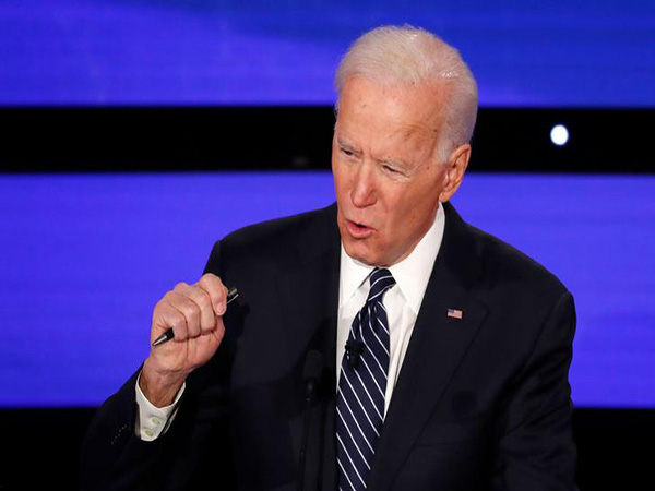 Biden, Buttigieg look to exploit Iowa opening as impeachment drags rivals back to DC
