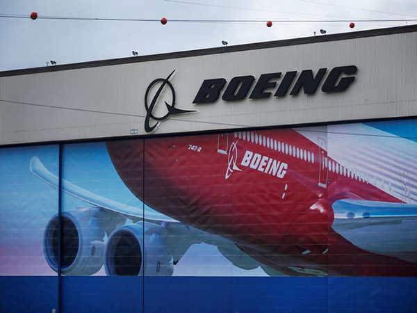 Boeing suspends dividend as coronavirus measure, CEO Dave Calhoun to forgo pay for 2020