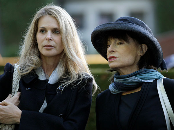 Catherine Oxenberg responds to NXIVM founder Keith Raniere's sentence