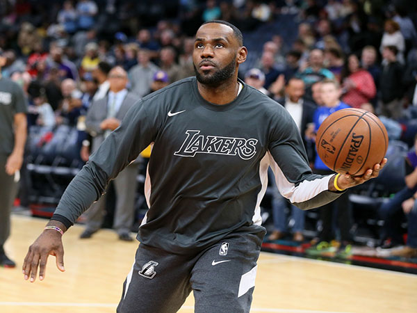 LeBron James fumes after ESPN analyst Jay Williams compares him to this ex-NBA player
