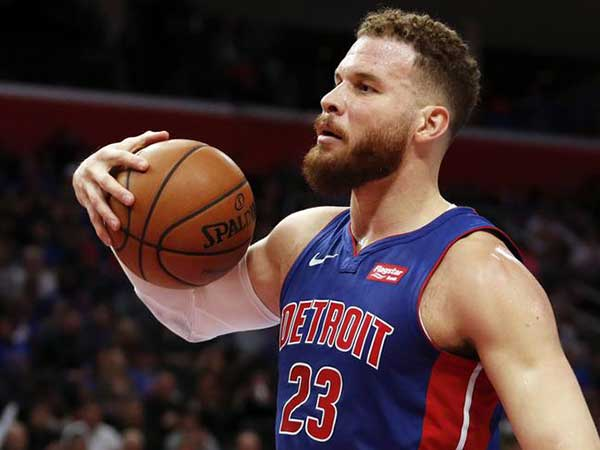 Blake Griffin roasts ex-girlfriend Kendall Jenner's parent Caitlyn Jenner for giving daughters 'daddy issues'