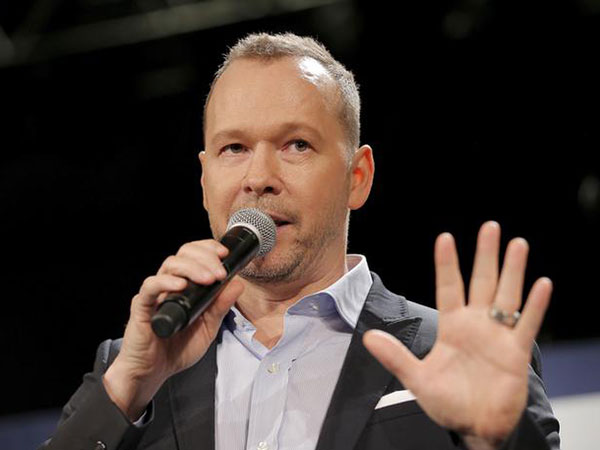 Donnie Wahlberg says he starved himself for role in 'The Sixth Sense': 'I was going through hell'