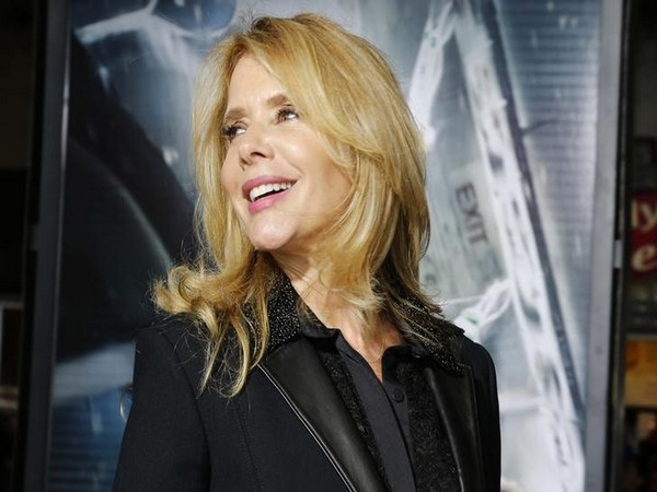Rosanna Arquette says FBI now involved after she tweeted she's ashamed to be 'born white and privileged'