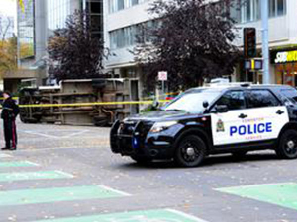 Homicide section investigates suspicious death in downtown Edmonton