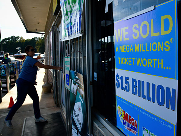 South Carolina store sells $350K lottery ticket, uses prize to fund community Thanksgiving