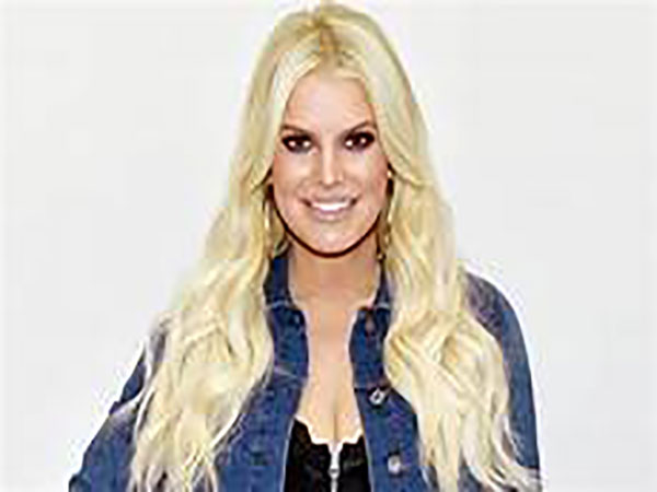 Jessica Simpson shares cheeky bikini picture ahead of 40th birthday: 'YEE-HAW to my final days in my 30s'