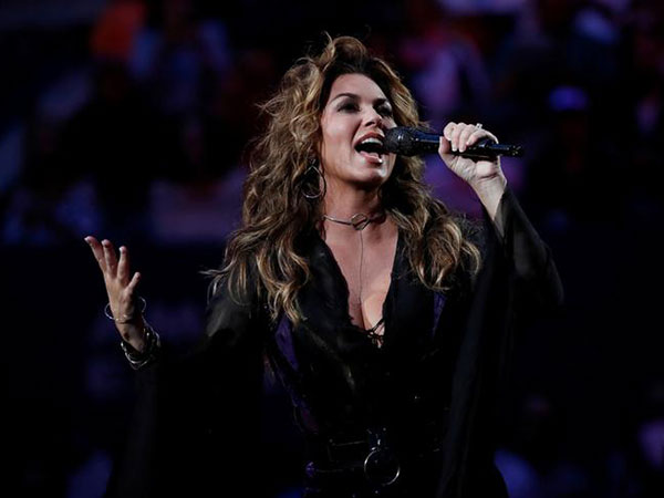 Shania Twain on her Lyme disease battle: Never singing again 'would have killed me'