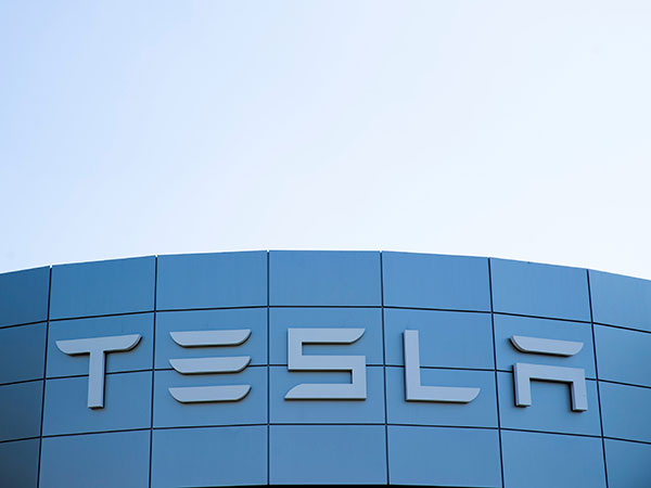Tesla sees mixed picture in California ahead of Q3 earnings