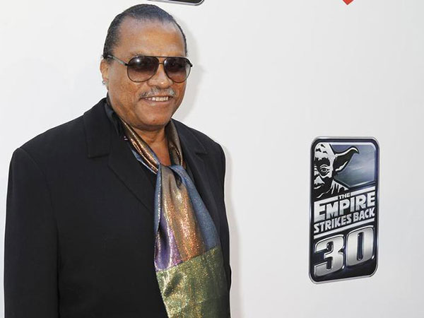 'Star Wars' star Billy Dee Williams refers to self as 'feminine as well as masculine'