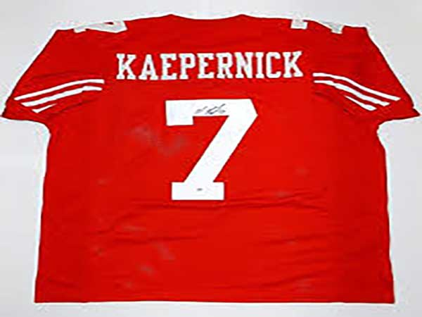 Navy SEAL Museum used Colin Kaepernick jersey as prop in K-9 demonstration last year, video shows
