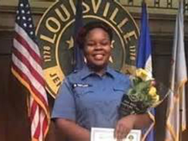 FBI investigates Breonna Taylor shooting as Louisville police chief announces retirement