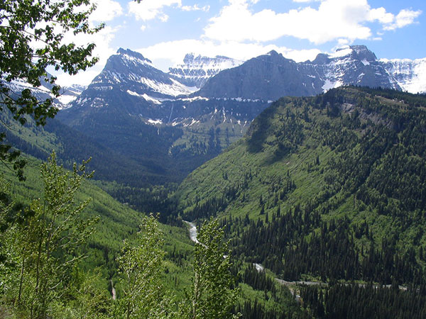 Utah girl, 14, dies during family vacation at Glacier National Park