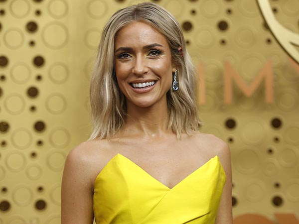 Kristin Cavallari mom-shamed for posting topless pic in thong bikini: 'Appropriate for a mom of 3?'