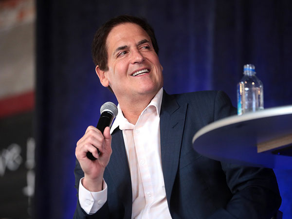 Coronavirus prompts Mark Cuban to plan NBA arena family quarantine sections