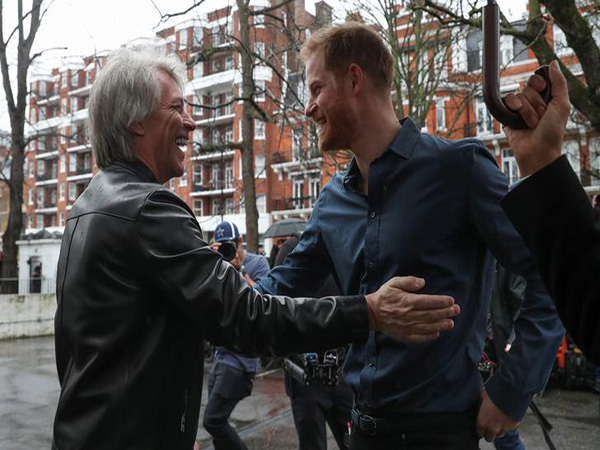 The prince and the rocker: Harry teams up with Bon Jovi at Abbey Road