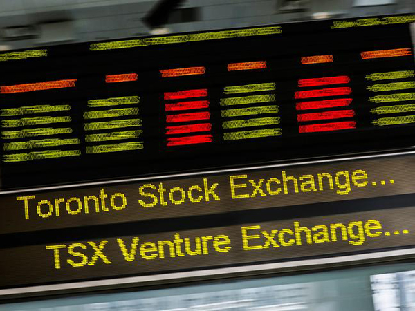 TSX loses another 8% as Canadian oil price falls to lowest level on record