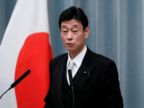 Japan minister vows support on ventilators, drugs