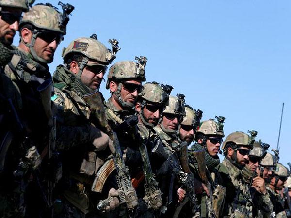 Taliban Torch Police HQ in Zabul, '16 Policemen Surrendered'