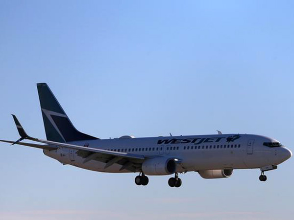 COVID-19: Airlines, union say they need more guidance from government on mandatory screening