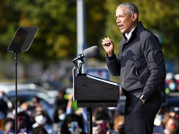 Obama: Lines between propaganda and journalism have 'blurred': 'Truth decay'