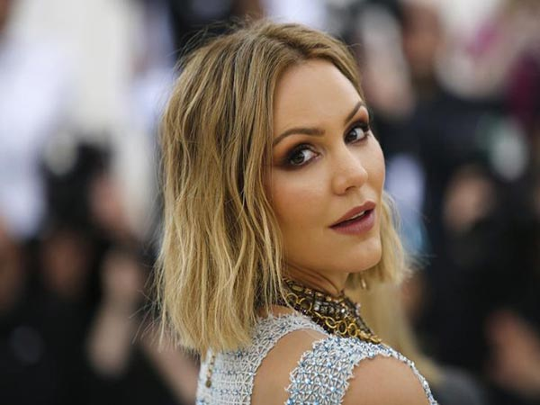Katharine McPhee slams Twitter critic after performance of Celine Dion song