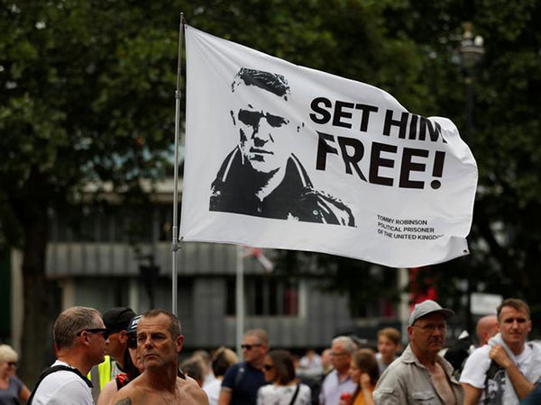Supporters and detractors of jailed UK far-right activist Tommy Robinson to protest in London
