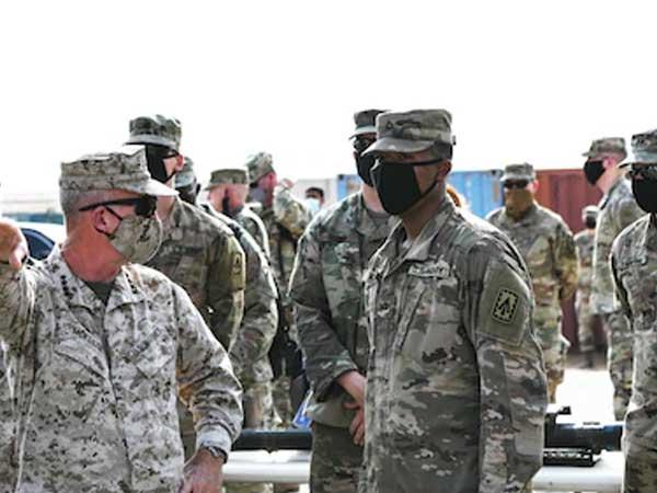 35UAE_Armed_Forces_Nov17.jpg