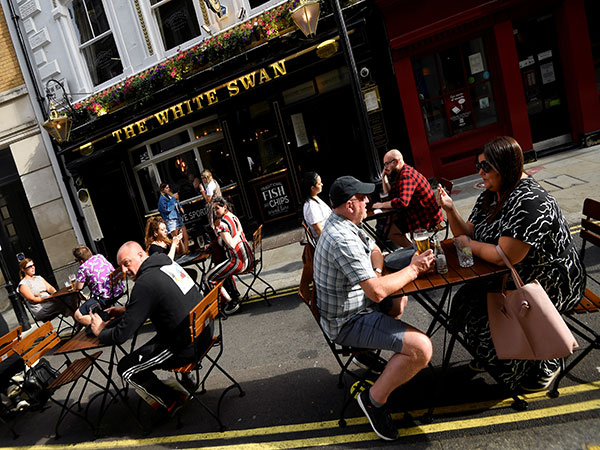 100 days to Christmas: How the 'rule of six' could scupper festive trade for UK pubs and clubs