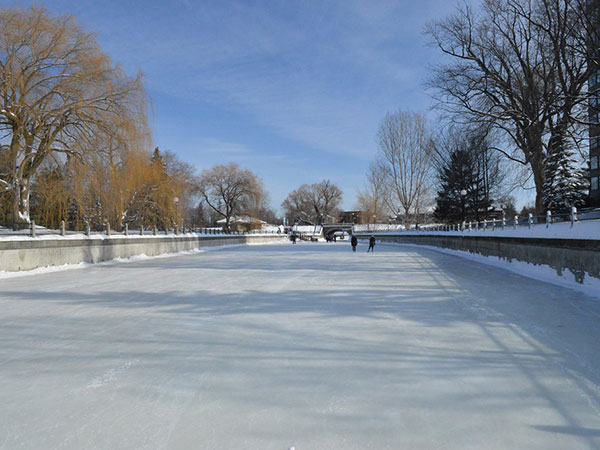 Rideau Canal Skateway opens for winter