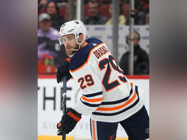 Draisaitl nets 2 power-play goals to lift Oilers over Canucks