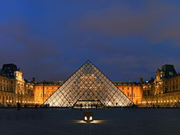 Louvre museum: Paris landmark reopens for the first time since coronavirus lockdown
