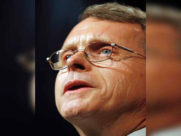 U.S. Ohio governor tests negative again after initially testing positive for coronavirus