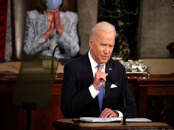 Biden's 6-trln-USD budget plan draws mixed reviews from lawmakers, budget watchers