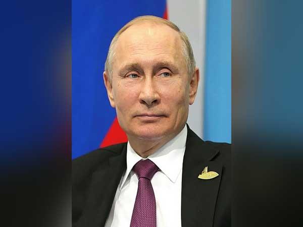 Putin, Pashinyan discuss situation in Armenia over phone